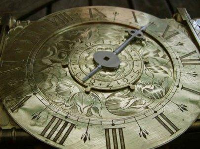 lantern-clock